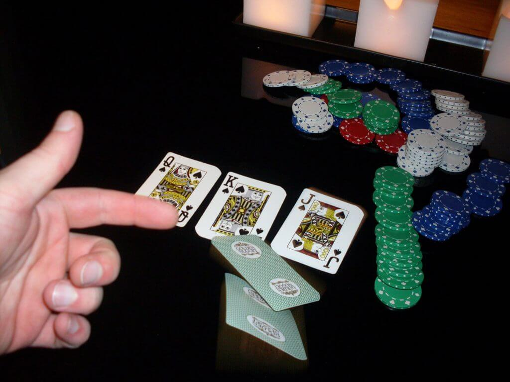 bad-flop-fold-your-hand